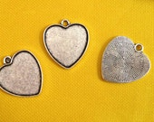 50pcs Antique Silver tone/Antique Bronze Heart Frame Base Bezel Setting Tray Bezel Pendant Charm/Finding,fit 25mm Cabochon/Picture/Cameo