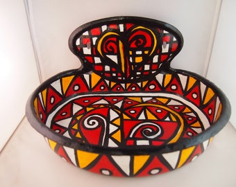 Unusual red, yellow, white and black bowl/tray from the Liz Ellard ' Queen of Hearts ' series.