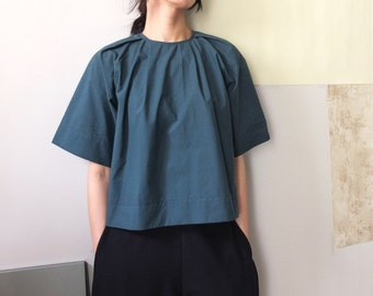 cotton invert pleated crop top blouse