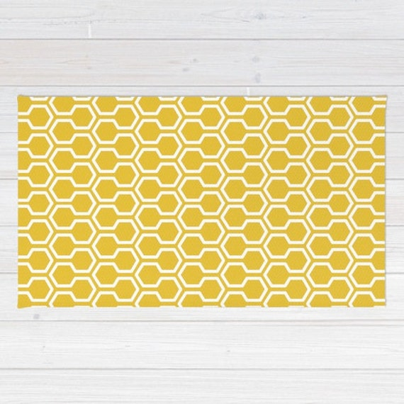 Nid d 39 abeille motif tapis g om trique tapis tapis jaune for Tapis cuisine jaune et gris