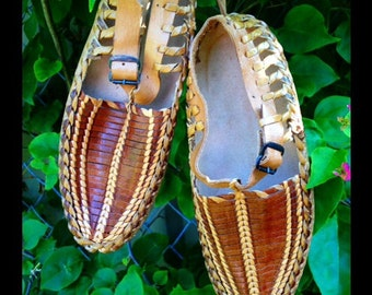 Tan ivy adult shoe
