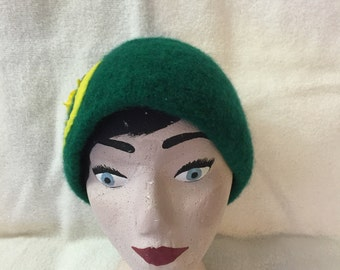 Women's green knitted wool felted hat with yellow O