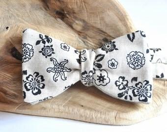 Rustic Bow Tie. Linen Bow Tie in Black Flowers. Self Tie Bow Tie. Grey Bow Tie.