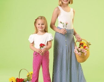 McCall's Pattern M7113 Children's/Girls' Skirts and Pants