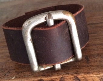 Distressed Leather Rustic Belt Buckle Cuff