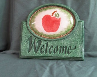 Apple Series Welcome Plaque