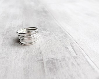 Silver Stacking Ring Set / Textured Ring Bands / Knuckle Rings in Sterling Silver / Beaded Ring