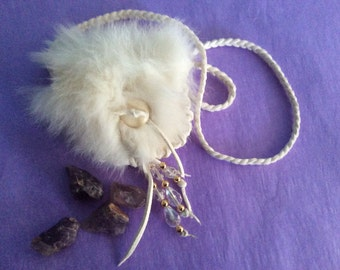 Medicine Bag with Fur, White  Deerskin Neck Pouch with Beads, White Medicine Pouch, Handmade in Canada