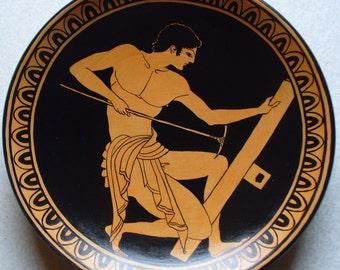 Piatto di terracotta con discobolo da un vaso greco di for Vaso greco antico