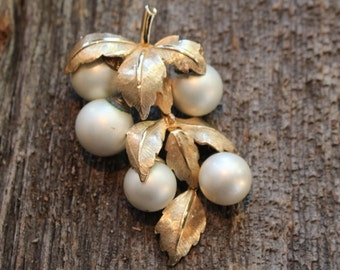 Vintage Gold Tone and Faux Pearl Grape Cluster Brooch