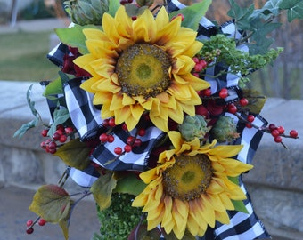 Tuscan Lantern Swag, Sunflower Swag, Lantern Swag, Sunflower Tuscan Swag, Kitchen Swag, Everyday Lantern Swag, Lantern Swags