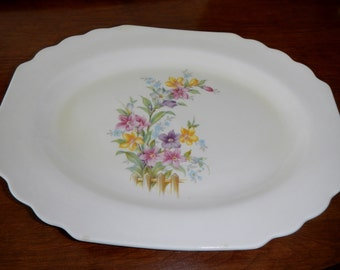 Vintage Lido W. S. George Canarytone platter - creamy white, flowers and fence - 1940s - Geo2 pattern, spring, summer, floral, shabby chic
