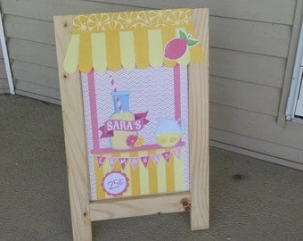 Easel Lemonade Party Sign