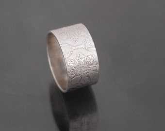 Flower etch textured sterling silver wide ring band