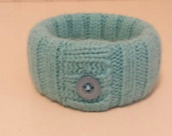 Upcycled wool bangle bracelet (turquoise)