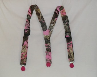 Camo Kids Suspenders.Made with Pink TrueTimber Camo.Great for Weddings,Easter or anytime.Choose size from the select options below.
