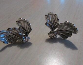 Pretty Sterling Silver Screw Back Earrings
