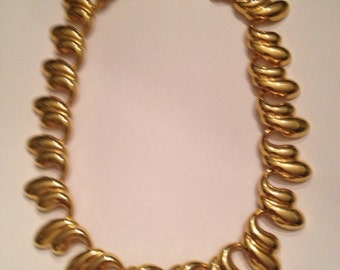 Vintage Gold Necklace 1980s Costume Jewelry