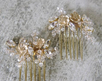 ALEXIS Bridal flower comb set, wedding hair jewelry, floral leaf hairpins, gold headpieces, bride accessories -- GOLD.