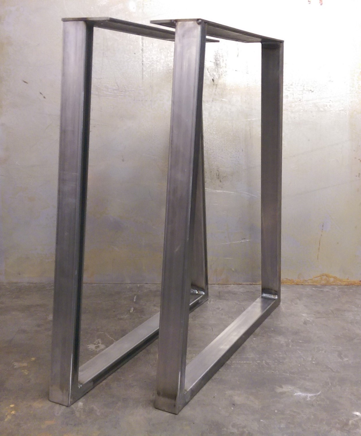 trapezoid steel table legs 2x1
