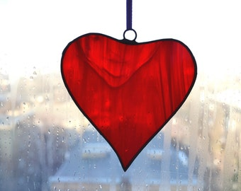Stained glass red heart Ornament Charm Decoration Suncatcher Home decor Romantic Valentines day gift Love heart Window decoration Wall decor