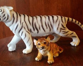 Pair of vintage tiger fugurine/toys
