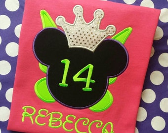 Minnie Mouse with Tinkerbell wings. Birthday t-shirt. Personalized with name and age in Disney font. Pink Short Sleeve