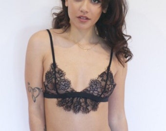 Frilly triangle bra