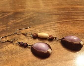 Vintage Aqua Shell earrings Brown Purple Pierced M-023