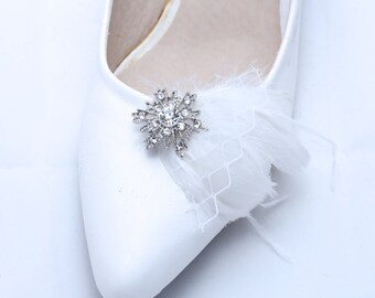 Set of 2 - Feather Shoe Clips, Sparkling Shoe Clips, Wedding Shoe Clips, Bridal Clips, Snow Shoe Clips, Rhinestone Bow, Winter Shoe Clips