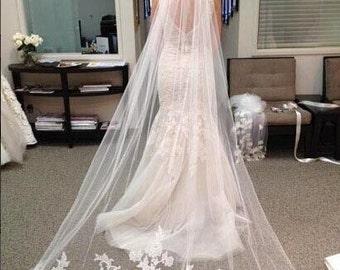 Luxury wedding veil Ivory Cathedral veil  Bridal veil 1 tier off white veil with comb veil in vintage 2.5meter