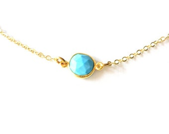 CENTER TURQUOISE NECKLACE