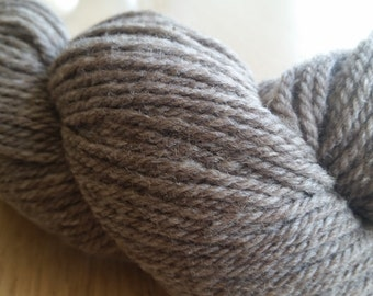 Naturally Colored Fine Wool Farm Yarn Rambouillet 3-Ply Worsted Yarn - Grey