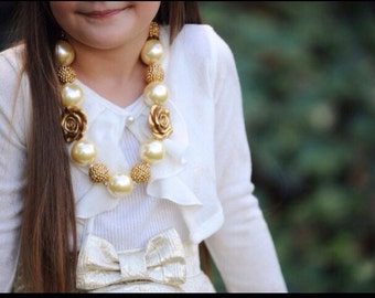 Holiday Cream and Gold Necklace
