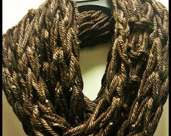Bulky Knitted Infinity Scarf