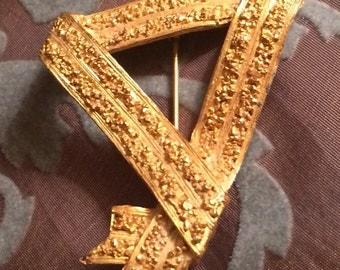 Golden Ribbon Triangular Vintage Brooch