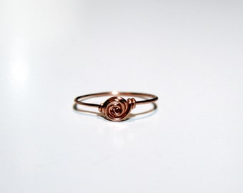 Dainty Twist Ring