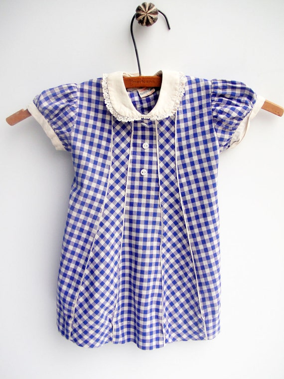 https://www.etsy.com/dk-en/listing/224601759/blue-dress-gingham-baby-girl-vintage?ref=sr_gallery_30&ga_search_query=gingham+vintage+dress&ga_search_type=all&ga_view_type=gallery