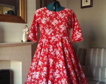 Red Floral Full Circle Fitted Dress with Mid Length Sleeves UK 20