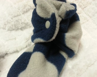 Youth, 6 inch fit gray and blue circle fleece baby booties that snap on