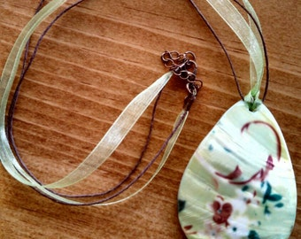 Green and brown porcelain necklace