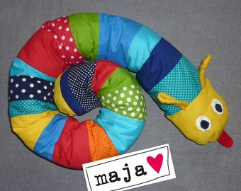 Maja the adorable bed Caterpillar