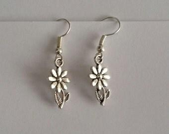 Silver Daisy Flower Dangle Earrings