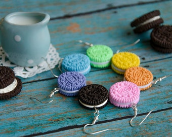 Oreo Cookie Earrings Handmade Polymer Clay, Oreo Jewelry, Oreo Dangle Earrings, Kawaii Oreo Earrings,Polymer Clay Miniature Food