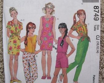 UNCUT Girls Dress, Tops, Pants and Shorts  - McCalls Pattern 8749