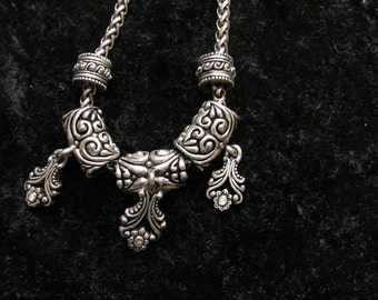 Renaissance Necklace in Silver with Tiny Rhinestones