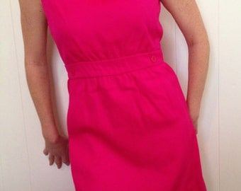 Vintage 1960's Pink Bonwit Teller Dress, Size Medium