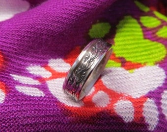 Coin Ring handcrafted from El Salvador coin sizes 6 to 11 available (size 9.5 shown)