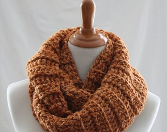 Chunky Ribbed Cowl in Tangerine Mist