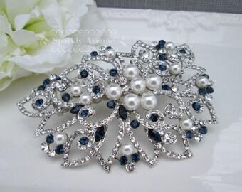 Something Blue Hair comb Leaf Hair Comb White Pearl Wedding Hair Comb Vintage Inspired Hair Accessory Flower Hair Clip Bridal Hair Comb Mila